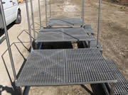 Step ladder with Square Grilled Grating