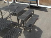 Step ladder with Square Grilled Grating (2)